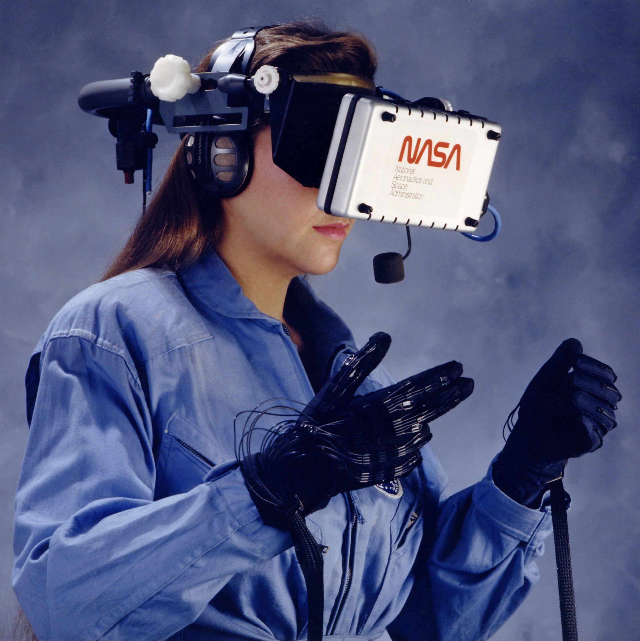 NASA Ames Research Center VR Helmet